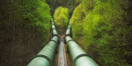 Trykkrør på pumpeverk i Erzhausen, Tyskland. (Foto: Dag Spant)