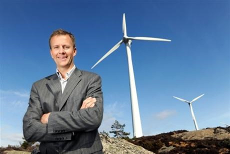 Anders Gaudestad CEO of SAE Wind standing in a windfarm in norway