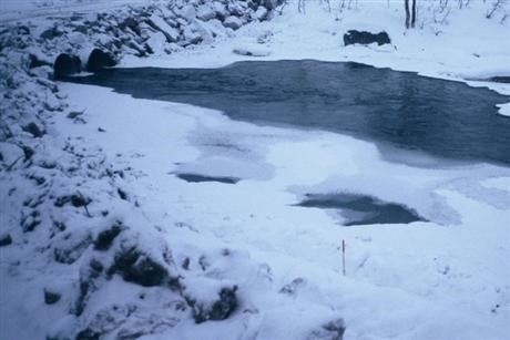 Unsafe ice at waters for hydro power